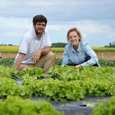 Photo de Diane et Hugues Pamart dans leur potager