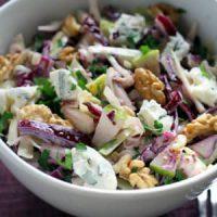 Salade de chou rouge, endive, pomme verte et comté